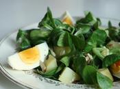 Salade mâche pommes terre, oeufs durs graines courge Chantal