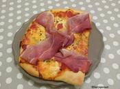 Pizza gorgonzola jambon forêt noire Gorgonzolla smoked pizza