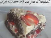 Gâteau chocolat fraises crème