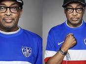Diplo, Spike HAIM posent avec maillot l'équipe football