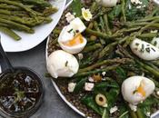 Salade lentilles asperges, épinards, oeufs mollets feta, vinaigrette thym