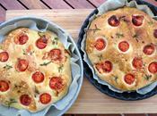 Foccacia tomates cerises, sarriette, parmesan, jambon roquette