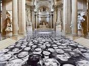 Plus 4000 personnes entrent Panthéon sous forme d'une fresque portraits