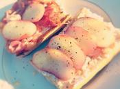 Tartines sucrées-salées ricotta pêches