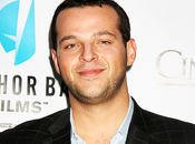 Looking Daniel Franzese (Mean Girls) rejoint casting saison