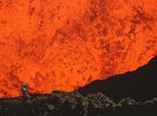 prend selfie dans cratère d'un volcan activité (Vidéo)