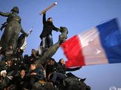 tirage gigantesque photo Marche Républicaine façade Centre Pompidou