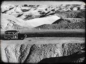 Quiz Photo voiture CICR entre Jérusalem Jéricho, Palestine, 1950″