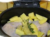 Cuisses poulet accompagnees pommes terre