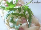 Tartelette oignons lardons roquette