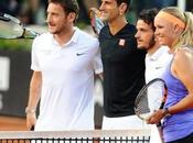 joueurs L'AS Rome s'essaient tennis