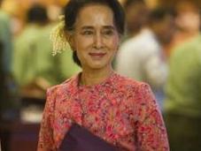 HISTORIQUE. Aung démocrates prennent pouvoir après lutte contre dictature