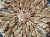 Tarte soleil crème d'asperges, magret noix