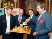 Bilbao: Carlsen écrase Karjakin dans ronde