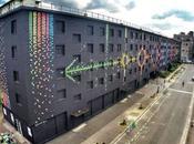 Plus 15000 oiseaux papier pour cette fresque Paris