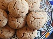 Petits gâteaux bien fondants cacahuètes sésame