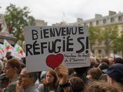 #Béziers AUSSI #JeSoutiensLesMigrants affiches bienvenue plutôt haine