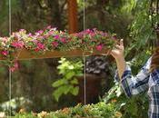 Elle crée joli accessoire pour jardin avec gouttière. idée géniale petits espaces