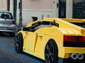 véhicules grandeur nature LEGO envahissent Rome