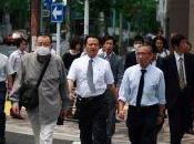 Japon encourage hommes passer mode cool