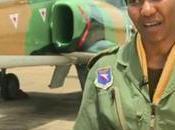 Zambie Thokosile Muwamba, première femme pilote chasse