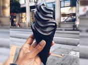 C'est nouveau phénomène instagram, glaces noires