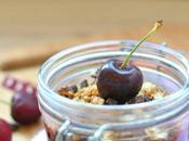 Chia pudding granola confiture cerises
