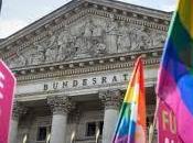 Europe, mariage homosexuel avance.