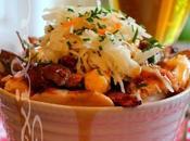 ~Poutine poulet salade chou, sauce barbecue~
