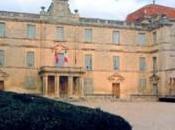 Château Castries, castrum antique château actuel
