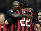 Calcio: l'AC Milan reprend