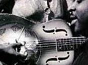 SISTER ROSETTA THARPE, chanteuse guitariste noire figurant dans AMELIE POULAIN