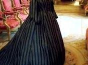 Quand crinolines étaient Louvre
