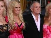Hugh Hefner playmates quittent navire, vend maison