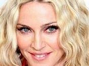Madonna fait dans l'humanitaire
