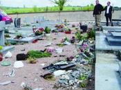Encore cimetière catholique profané!