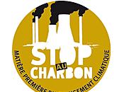 Greenpeace déverse tonnes charbon devant ministère l'environnement
