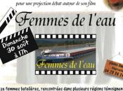 Femmes l'eau: toujours l'affiche