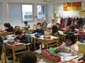Rentrée classes. élèves bretons chemin l'école…