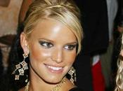 Jessica Simpson attend prince charmant