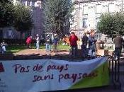 Colère agriculteurs dans rues Limoges Opération Dessine logement
