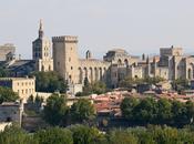 Avignon bonheur papes comédiens.