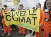 personnes manifestent Cherbourg contre charbon