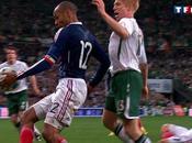 Thierry Henry main gauche font buzz