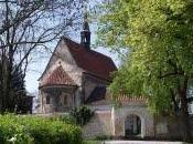 Visiter: L'église Jean-Baptiste sans tête