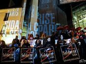 "Manifestation ""Sida crise coupables"" Paris"