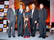 SRK, Karan Johar Kajol conférence presse MNIK