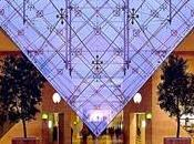Yuksek sous pyramide Louvre