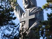 Réflexions philosophique, économique religieuse autour d'une statue