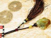 Amulette grenouille trois pattes jade d'or
